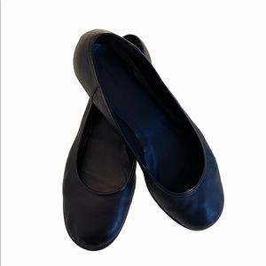 Clarks | Black Leather Flats | Size 8.5